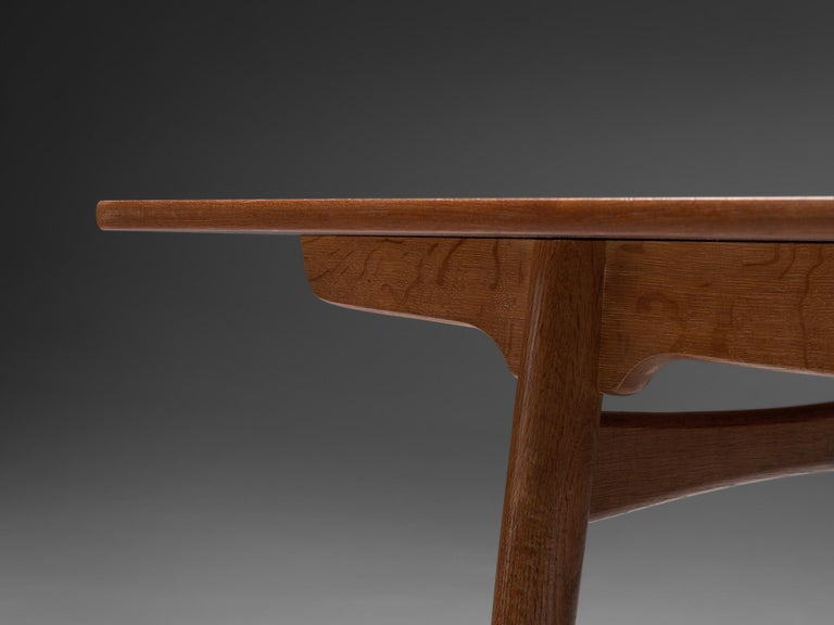 Hans Wegner for Andreas Tuck Extendable Table in Teak and Oak In Good Condition For Sale In Waalwijk, NL