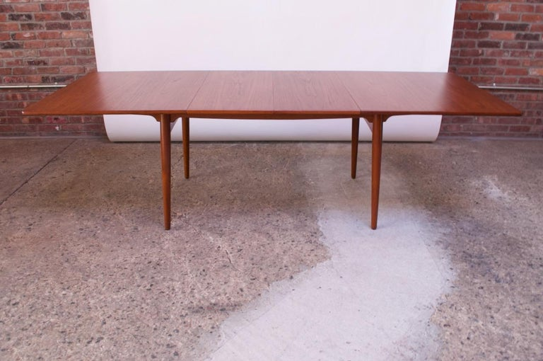 Hans Wegner for Andreas Tuck Teak Extension Dining Table In Good Condition For Sale In Brooklyn, NY