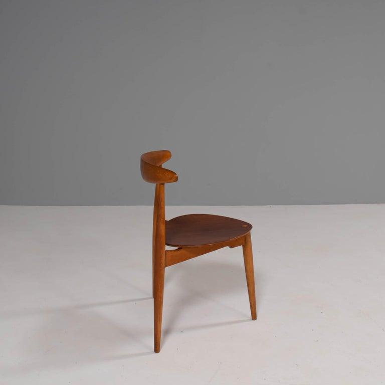 Mid-Century Modern Hans Wegner for Fritz Hansen FH4103 Beech & Teak Heart Dining Chair For Sale