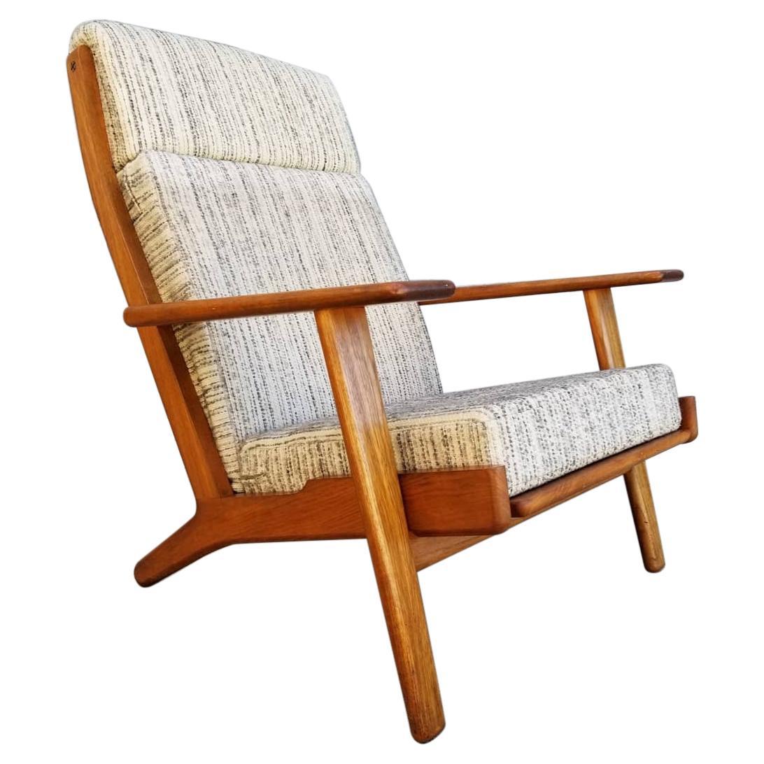 Hans Wegner for GETAMA GE-290 Lounge Chair