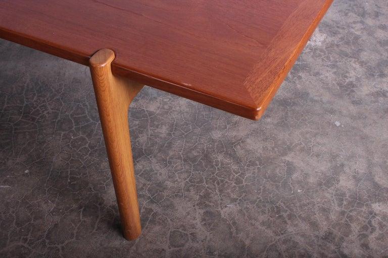 Hans Wegner for Johannes Hansen Reversible Top Coffee Table For Sale 1