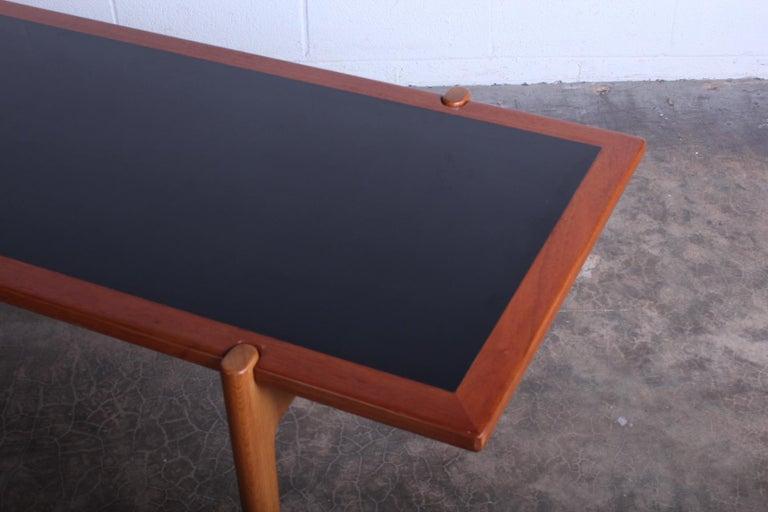 Hans Wegner for Johannes Hansen Reversible Top Coffee Table For Sale 3