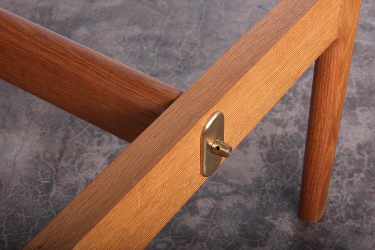 Hans Wegner for Johannes Hansen Reversible Top Coffee Table For Sale 4