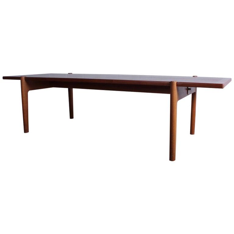 Hans Wegner for Johannes Hansen Reversible Top Coffee Table For Sale