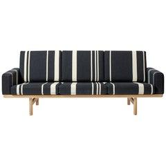 Hans Wegner GE 236 3-Seat Sofa