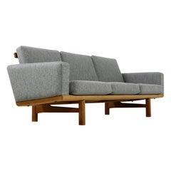 Hans Wegner GE 236 Oak Sofa, Denmark 1960s, Scandinavian Mid-Century Modern Grey