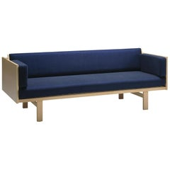 Hans Wegner GE-259 Day Bed, Stained Oak