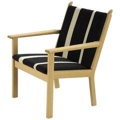 Hans Wegner GE-284 Lounge Chair, Beech