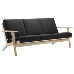Hans Wegner GE-290/3 Sofa, Oiled Oak, Hallingdal 180 Upholstery