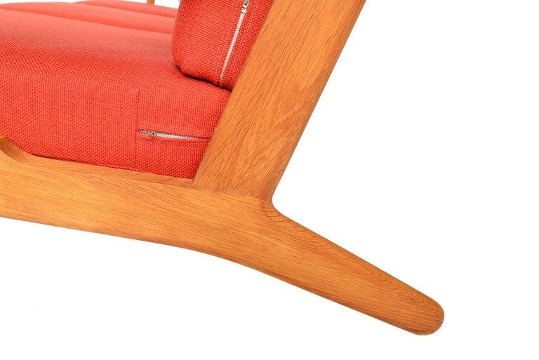 Hans Wegner GE-290-3 Three-Seat Sofa in Oak For Sale 2