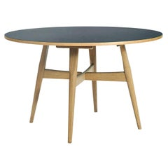 Hans Wegner GE-526 Dining Table, Laminate Top in Oak with Legs in Stained Oak