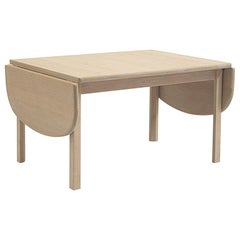 Hans Wegner GE, 82/85 Coffee Table, Stained beech