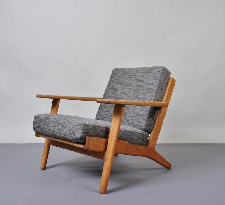 Mid-Century Modern Hans Wegner GE290 Original For Sale