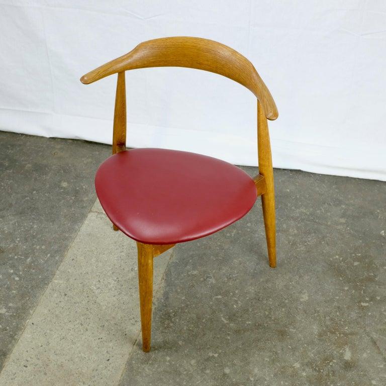 Hans Wegner Heart Chair in Oak For Sale 1