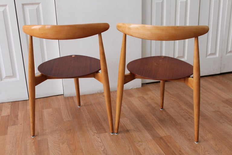 Hans Wegner Heart Chairs In Good Condition For Sale In Chicago, IL