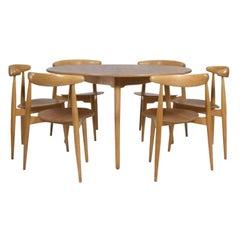 """Hans Wegner """"Hjertestolen"""" Six-Seat Dining Set for Fritz Hansen, Original Patina"""