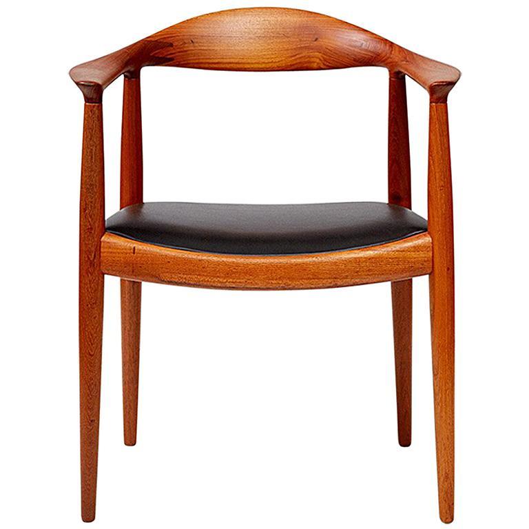 Hans Wegner JH-503 Chair, Teak For Sale