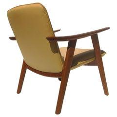 Hans Wegner JH517 Easy Lounge Chair in Teak and Leather for Johannes Hansen