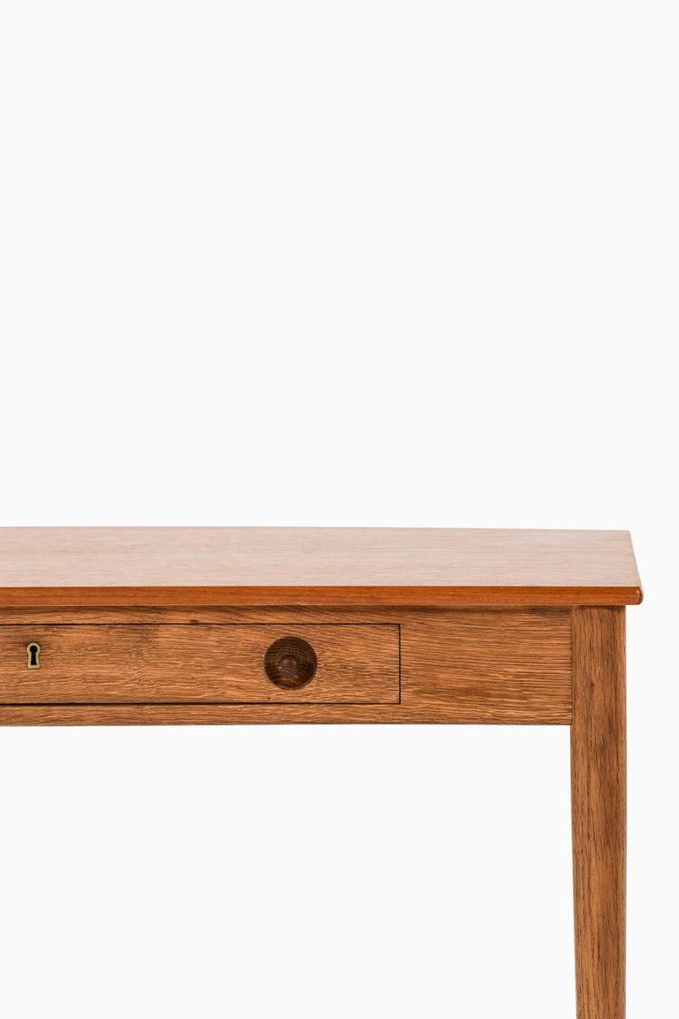 Scandinavian Modern Hans Wegner Ladies Desk Produced by Ry Møbler in Denmark For Sale