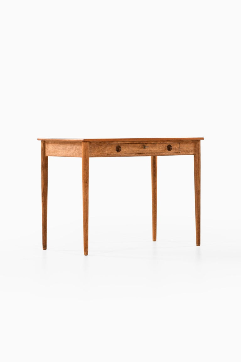 Oak Hans Wegner Ladies Desk Produced by Ry Møbler in Denmark For Sale