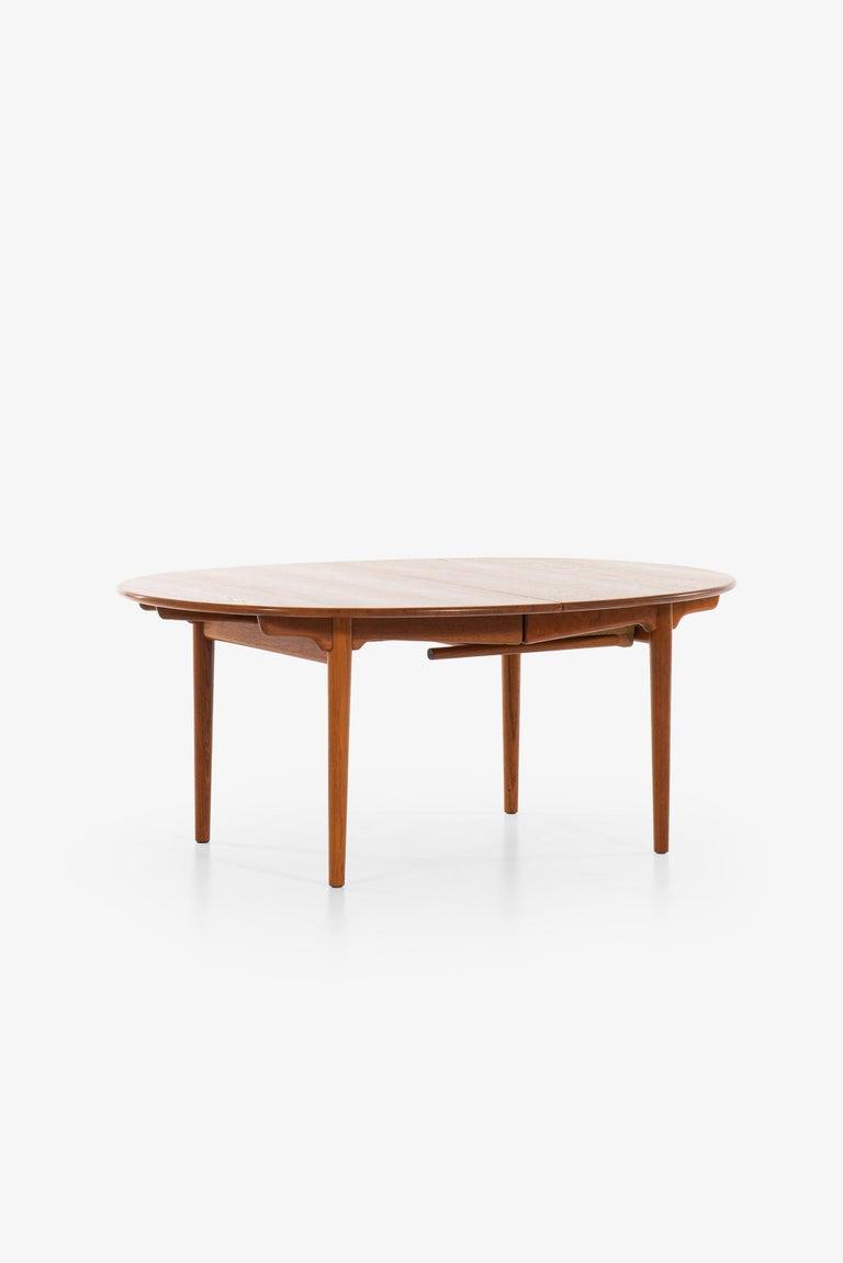 Teak Hans Wegner Large Dining Table Model JH-567 by Johannes Hansen in Denmark For Sale