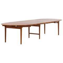 Hans Wegner Large Dining Table Model JH-567 by Johannes Hansen in Denmark