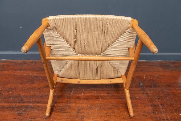 Hans Wegner Lounge Chair CH 22 For Sale 3