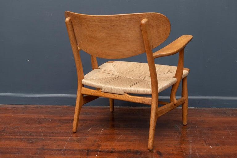 Danish Hans Wegner Lounge Chair CH 22 For Sale