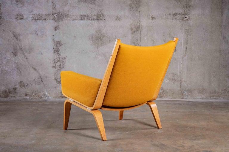 Mid-Century Modern Hans Wegner Lounge Chair For Sale