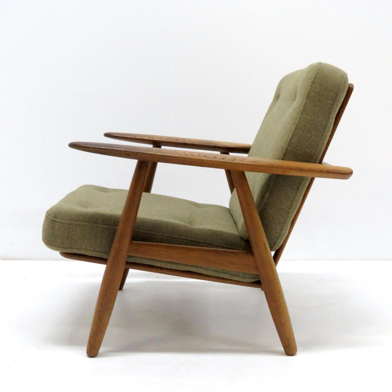 Danish Hans Wegner Lounge Chairs, Model GE-240 For Sale