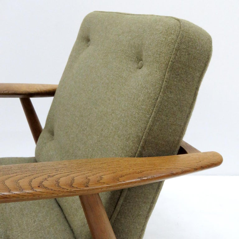Hans Wegner Lounge Chairs, Model GE-240 For Sale 1