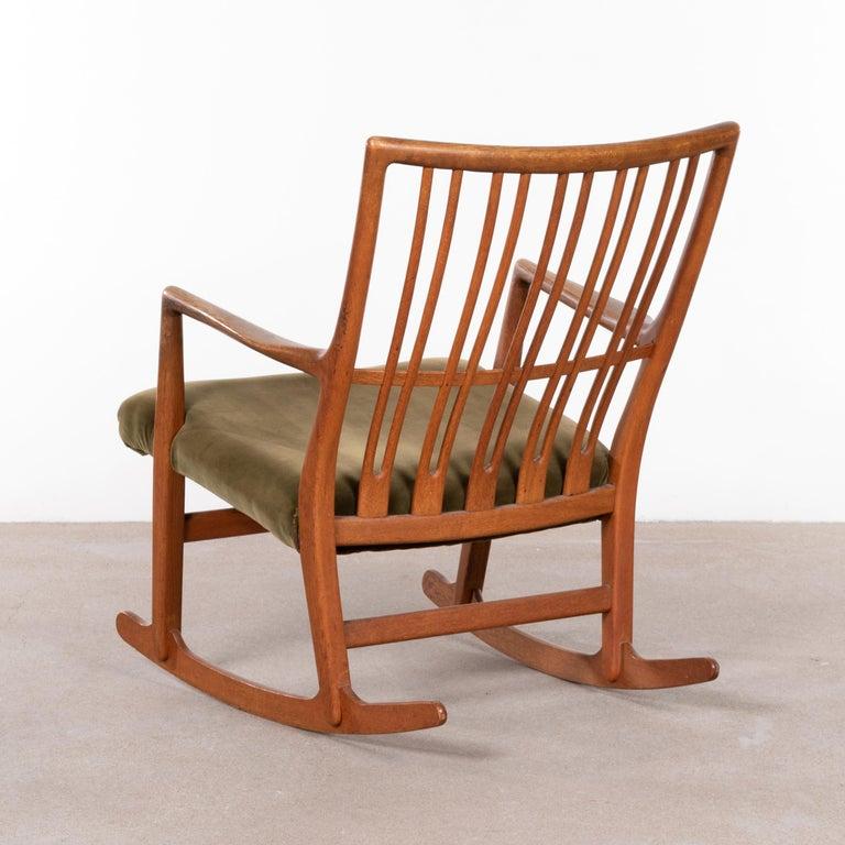 Danish Hans Wegner ML33 Rocking Chair in Teak for Mikael Laursen, Denmark For Sale