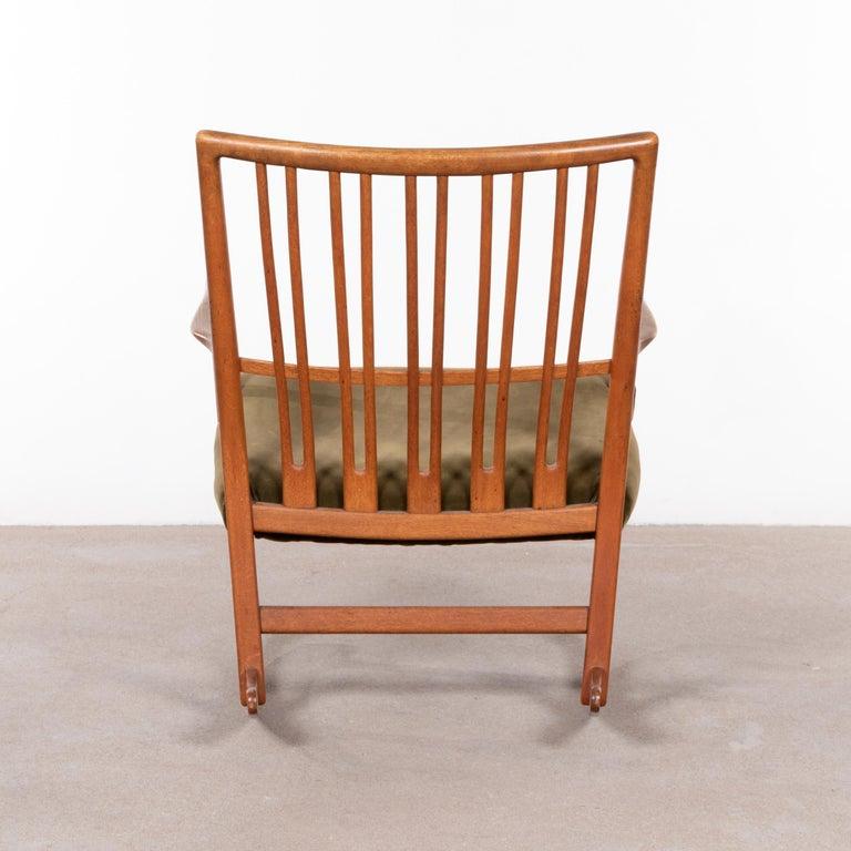 Hans Wegner ML33 Rocking Chair in Teak for Mikael Laursen, Denmark In Good Condition For Sale In Amsterdam, NL