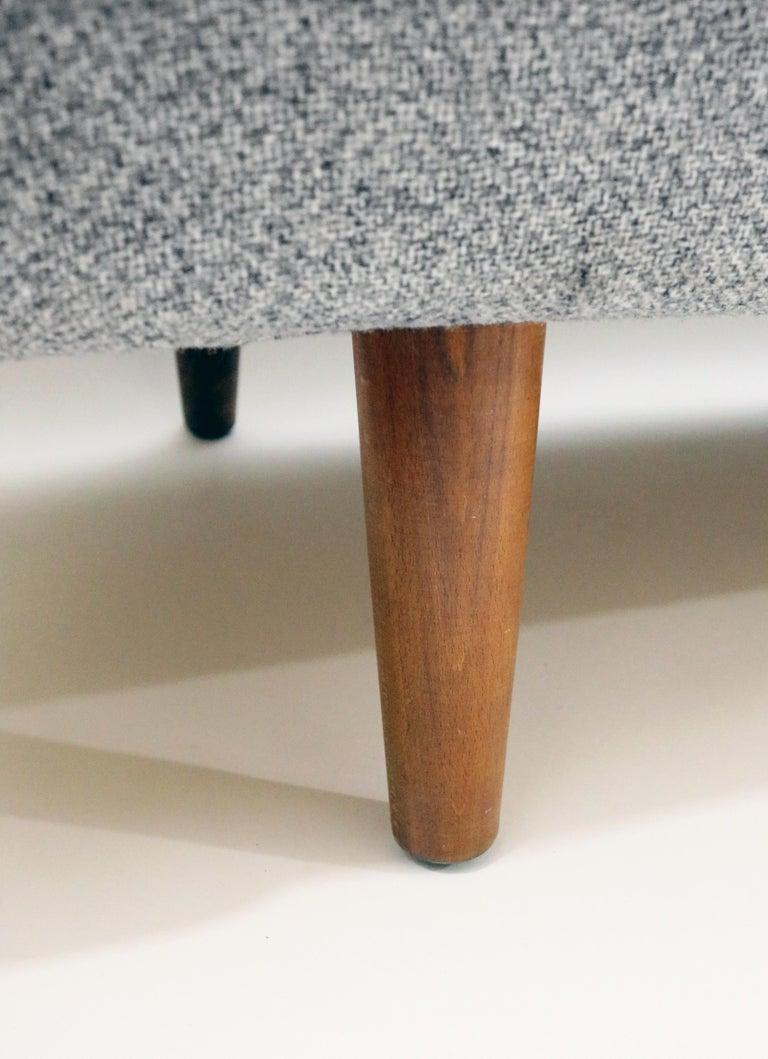 Hans Wegner Model AP 33 Sofa for Anker Petersen Stolen For Sale 4
