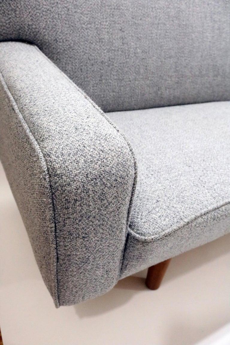 Hans Wegner Model AP 33 Sofa for Anker Petersen Stolen In Good Condition For Sale In Denver, CO