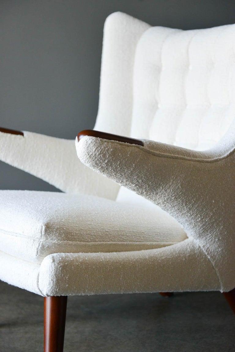 Mid-20th Century Hans Wegner Model AP-19 'Papa Bear' Chair, circa 1955 For Sale