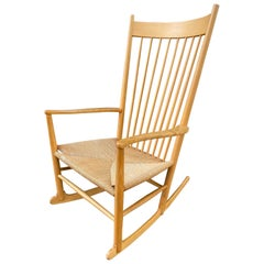 Hans Wegner Model J16 Rocking Chair in Beech