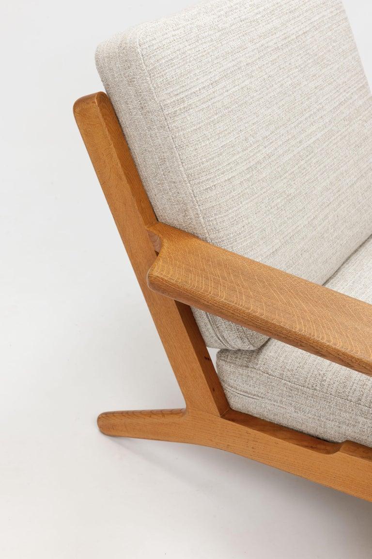 Hans Wegner Oak Lounge Chair GE290 by GETAMA '1 of 3 Chairs' 2