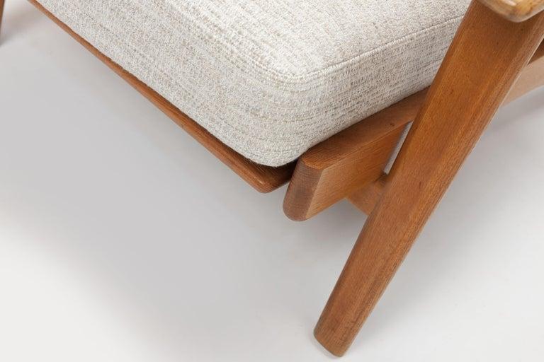 Hans Wegner Oak Lounge Chair GE290 by GETAMA 1