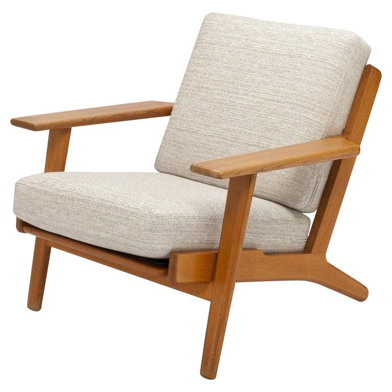 Hans Wegner Oak Lounge Chair GE290 by GETAMA