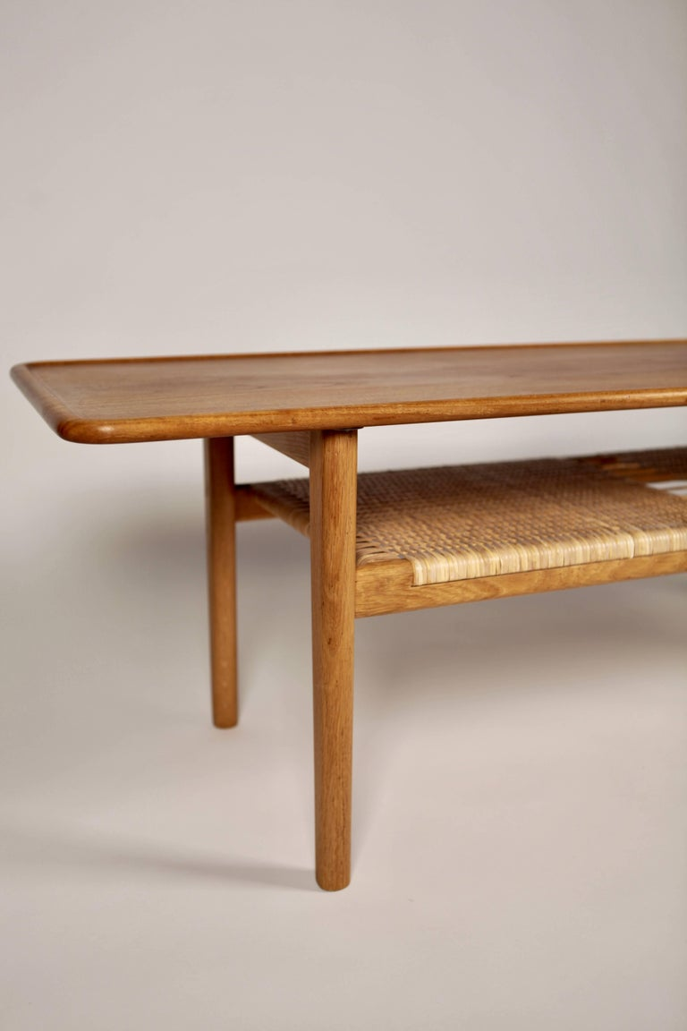 Coffee table AT-10, designed by Hans Wegner and manufactured by cabinetmaker Andreas Tuck in Denmark, 1950s.