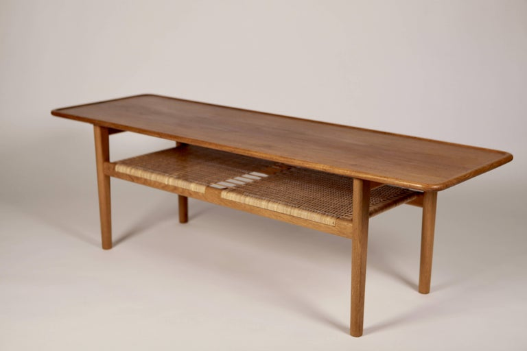 Scandinavian Modern Hans Wegner Occasional Table AT-10 by Andreas Tuck, 1950s For Sale