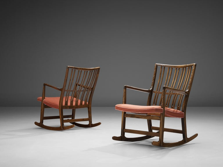 Hans Wegner Pair of Early 'ML-33' Rocking Chairs In Good Condition For Sale In Waalwijk, NL