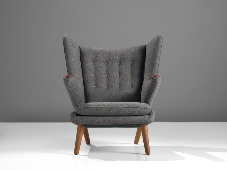 Hans Wegner Papa Bear Chair in Grey Upholstery In Good Condition For Sale In Waalwijk, NL