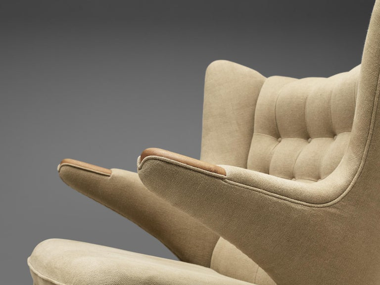 20th Century Hans Wegner Papa Bear Chair Reupholstered in Beige Upholstery For Sale