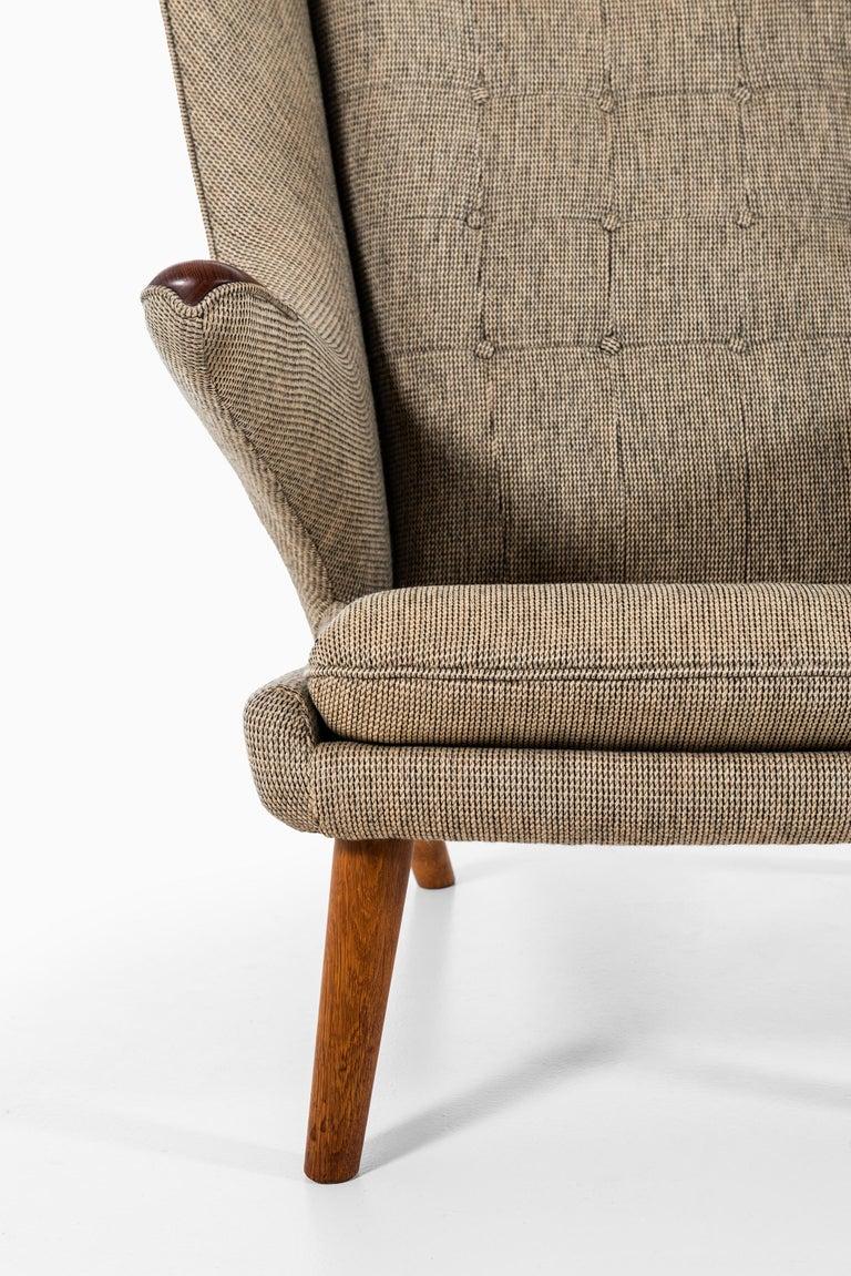 Scandinavian Modern Hans Wegner Papa Bear Easy Chair Produced by A.P. Stolen in Denmark