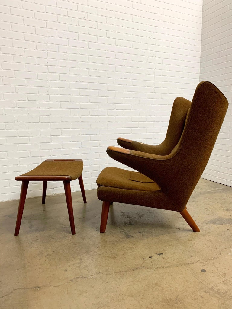 Hans Wegner Papa Bear Lounge Chair and Ottoman Povl Dinesen, Denmark In Fair Condition For Sale In Laguna Hills, CA