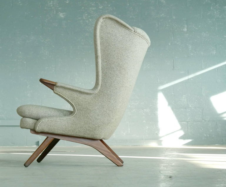 Mid-20th Century Papa Bear Lounge Chair Model 91 by Sven Skipper, 1960s For Sale