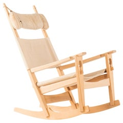 Hans Wegner Rocking Chair Model GE-273 Produced by GETAMA in Denmark