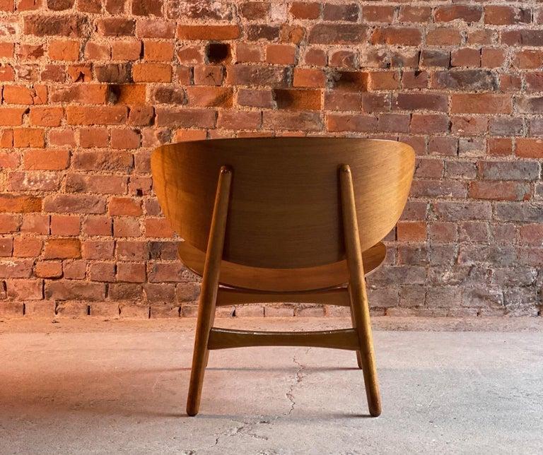 Hans Wegner Shell Chair Model FH 1936 for Fritz Hansen Midcentury Danish, 1950 In Good Condition For Sale In Longdon, Tewkesbury